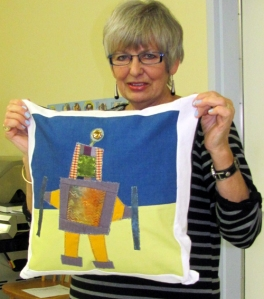 Barb used the Russell the Robot pattern from Modern Blocks by Susanne Woods (in the library).